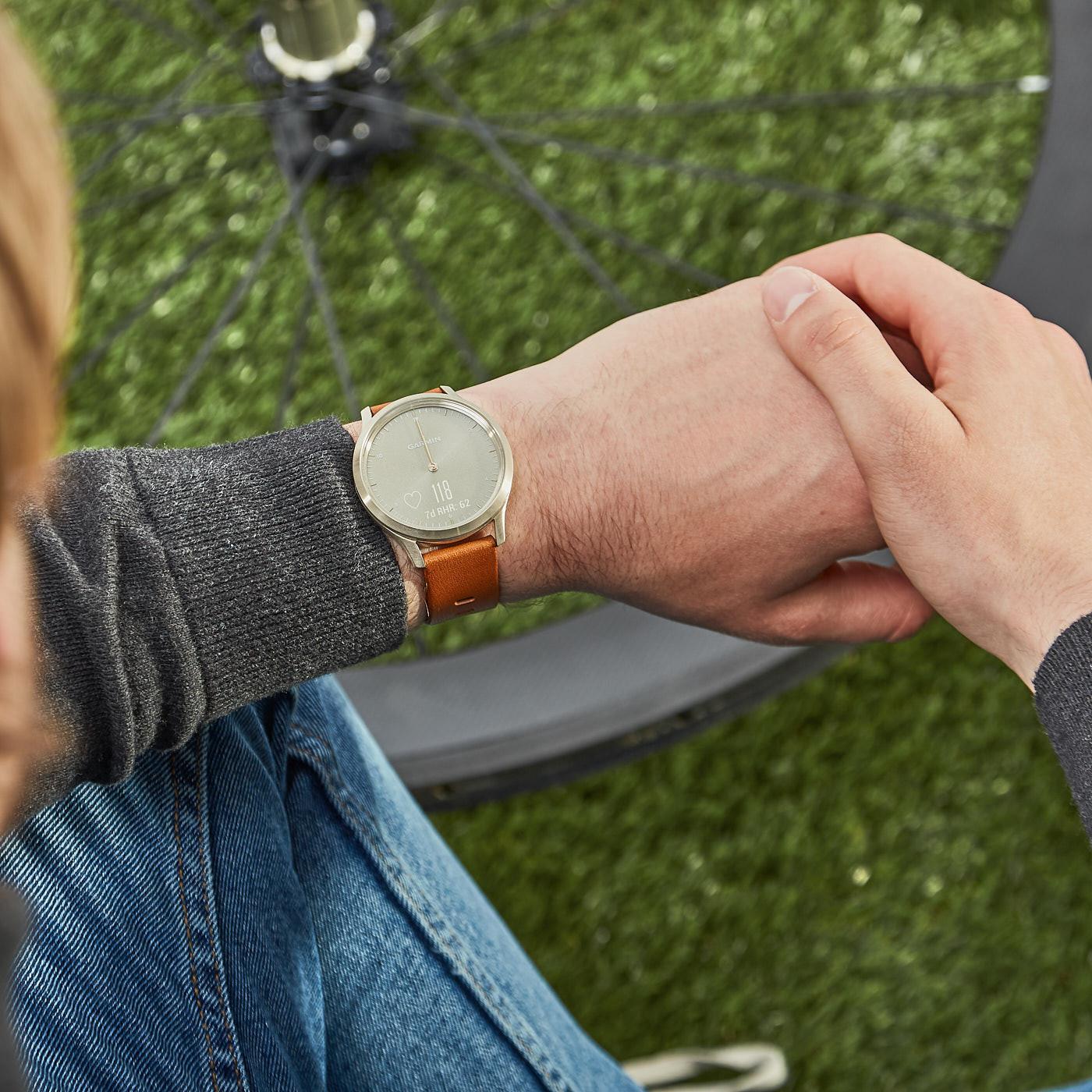 Garmin Vivomove HR Premium Hybrid Smartwatch 010-01850-05 (43 mm)