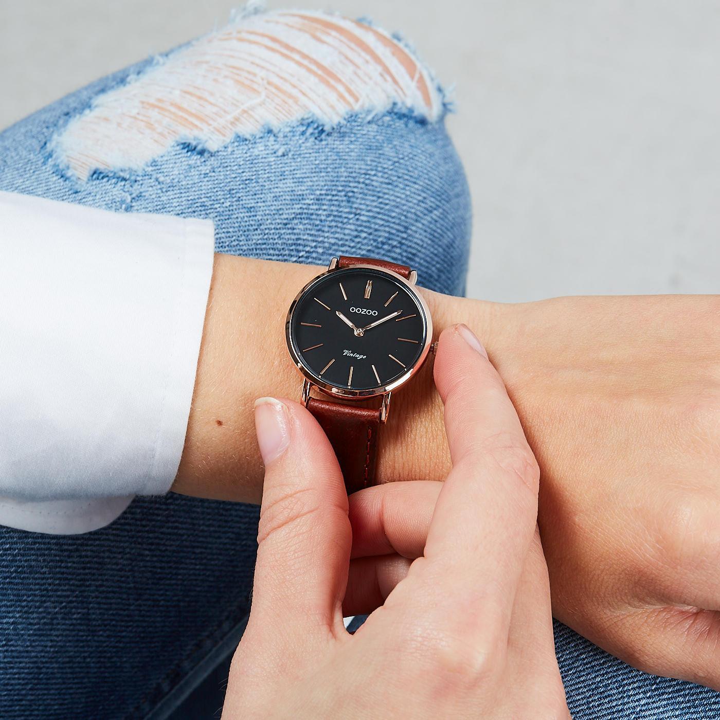 OOZOO Vintage Bruin/Zwart horloge C9839 (32 mm)