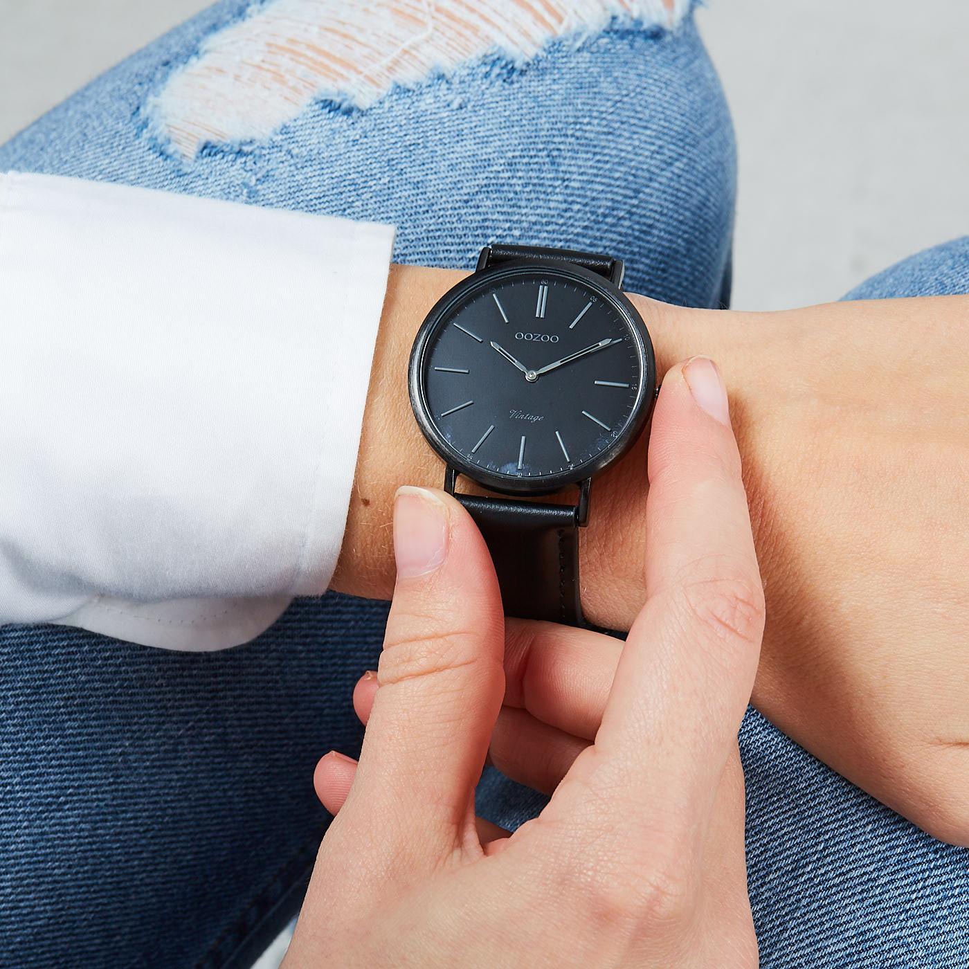 OOZOO Vintage horloge Zwart C7742 (40 mm)